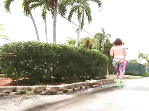 PAWG Jogging For Dick.