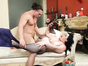 Love how she likes to clean cock after the fucking