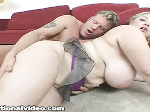 What a slut I'd love to be doing to her what he is