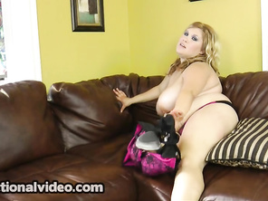 Blondie BBW. 2_bbw_2_video_2