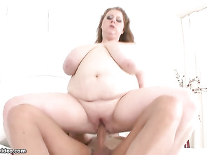 Love to see chubby girl bbws get freaky with each other