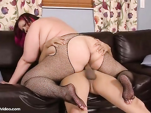 I so want to know what allows her to have such a stretchable cunt