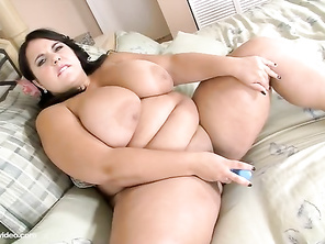 her boobs, pussy and buthole wonderfull aand she looks really cute