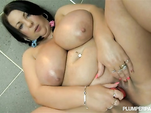 one of the best vids on xhamster for bbw lovers a hugee ballons