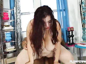 She's very sexym Loved the way she sucked him