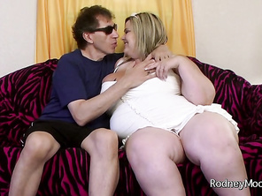 The day after the BBW Fanfest 2013 awards show, Triple XXX BBW Performer of the year award winner joins Best BBW DVD Series (Scale Bustin Babes) Rodney at his hotel room to celebrate.