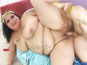 i like your taste check out my BBW girlfriend
