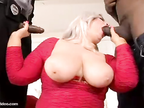 Huge Booty White Slut Klaudia Kelly DP'ed By Huge Nigga Cocks