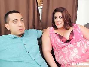Huge Booty PLUMP Erin Green Gets Bent Over and Fucked by Latino