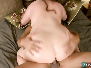 Kelli's a web-cam girl who was a newcomer to pro-modeling until she was courted by XL Girls.