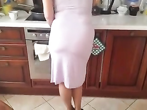 Mysterr - Teasing Mommy In The Kitchen 3
