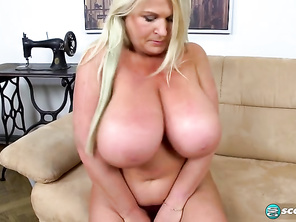 Samantha Sanders Brit Sweet Bares Best Boobs and Free Bbw Mommy Sex and Fatty Stories