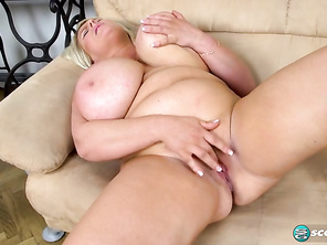 Samantha Sanders Brit Sweet Bares Best Boobs and Free Porno Chubby Girl and Chubby Pvc