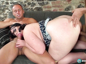 Sarah Jane Gets Happy With Two Studs and Free Bbw Pussies and Chubby Redbone