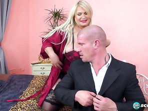 Samantha Sanders Driving Miss Sanders and Free Mobile Chubby Women Porn and Fat Selena White