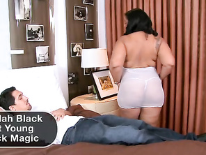 Kendra slips her clothes off and plays with her pussy.