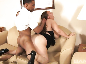 this is just a guess but Tia Showers might be a stage name for this white BBW chick.