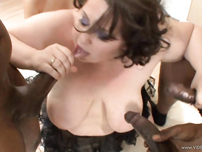 love spanish girls, I want to be their slave