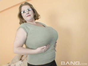 Sapphire works in a lingerie shop, where she puts on a pair of thigh high stockings and bends over, to shove a vibrating dildo into her totally shaved snapper, while showing you her asshole.