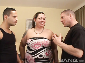 Samantha is confronted by her boyfriend who says he can't deal with her weight any longer and wants to bail out of their relationship but, his friend loves BBW so, he tells this guy he wants to have a hardcore sex with his chic, to see if he could be her