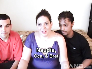 In this MMF hardcore threeway, you'll see a chunky, brunette amateur Naudia, who tells her boyfriend to bring his friend over so she can experience the thrill of having two cock inside of her at the same time.