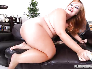 Love to see my bbw get a creampie from a bbc again