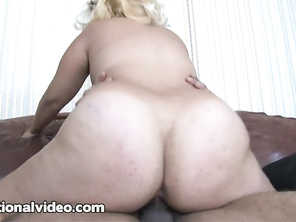 m, I just love watching her, a seriously sexy chubby girl