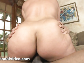 He must be a lucky man, nice video, i personally like bbw