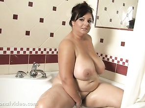 the girl from southern charms definitely put on weight