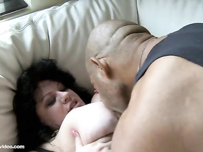 whats the point of having a big cock if you can't even get it hard