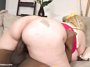 Loved watching him pull out of her ass and creampieing her asshole