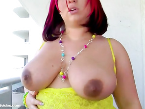 great video, wish he played a bit with those massive succulent tits