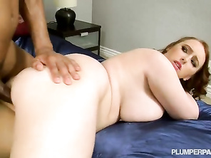I love her hot body and the way she really gets into fucking him