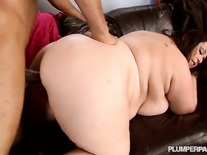 Love Kitty Lee going at it with a couple of studs worthy video
