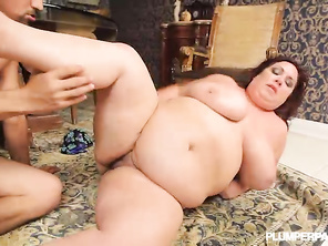 ABSOLUTLTY BEAUTIFUL GORGEOUS BBW THATS LIMBER AND FLEXIBLE
