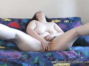 She wants you to chase her and her luscious BBW body through the streets of Seattle.
