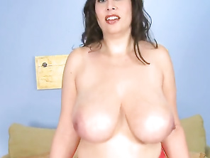 Gaze upon her body, boobs and face in this video and let us know if you want to see more.