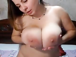 Cute Bbw with Perfect tits please herself
