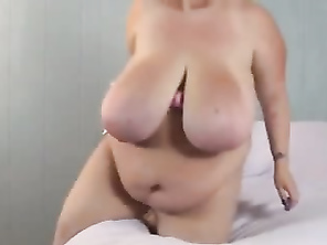 ssbbw toys with small doll