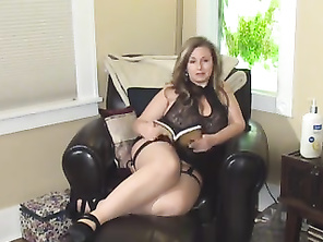 Leann Luscious Is A Naughty cocksucking Mommy HD