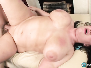 Aspen Rub Up Rub Down and Free Plump Mommy Porn and Plump Prone