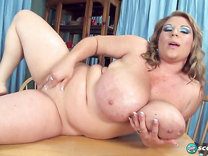 Renee Ross With A Cherry On It and Free Fatty Squirt Vagina and Fat Submissive