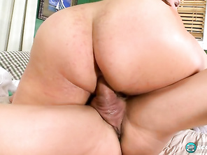 Kacey Parker Massage Parlor Girl and Free Mommy Bbw Porn and Fatty Riding Compilation