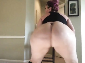 HUGE BUTT SABELLA MONIZE BUTT SHAKING 2