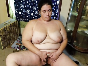 CHUBBY housewife masturbating reluctantly