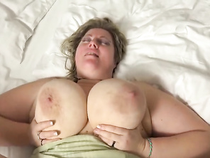 huge blonde with big tits fucked in bed