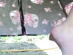 Public upskirt CHUBBY pee in the morning at local trailerpark 1