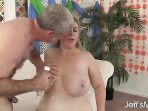 FATTY HOUSEWIFE Lila Lovely riding mommy cock