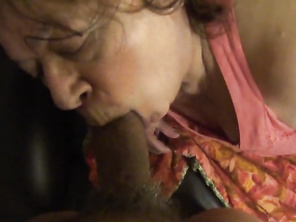 HOUSEWIFE EATING CUM