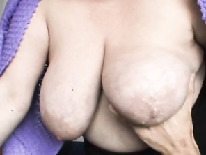 I LOVE Big Hanging Tits 855